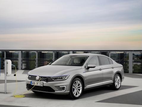 El nuevo Volkswagen Passat GTE llegará a España en 2016