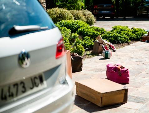 Estudio Volkswagen: el 47 % de los españoles viaja con objetos sueltos dentro del coche