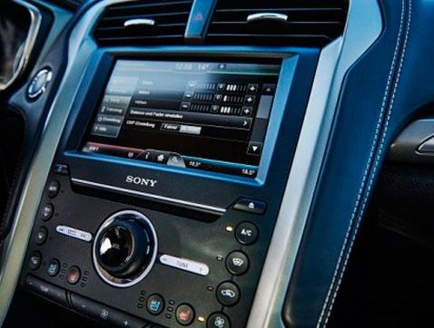 Una nueva tecnología de Ford puede convertir tu coche en unos auriculares con cancelación de ruido