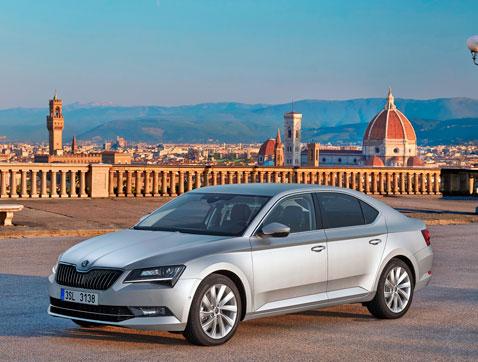 ŠKODA cierra un 2015 de récord con 1' 06 millones de vehículos entregados a clientes