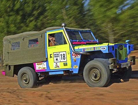 Santana Trophy: un raid low cost que rinde homenaje al Land Rover de siempre