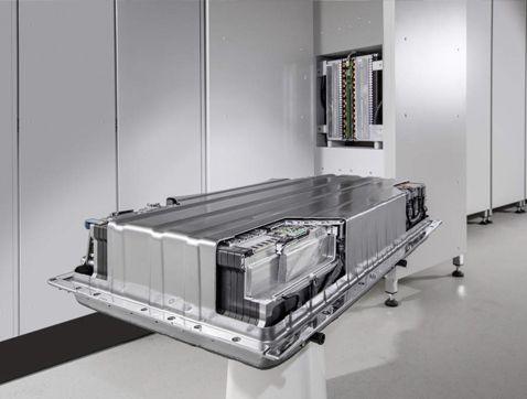 Mercedes-Benz: de lleno en el negocio del almacenamiento de energía