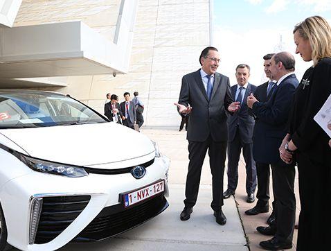 Toyota contribuye a impulsar una sociedad basada en el hidrógeno