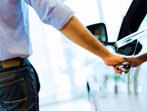 Les vendes de cotxes registren el millor semestre des de 2008