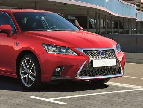 Lexus lanza la versión 2017 de su compacto híbrido CT 200h