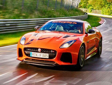 El nuevo Jaguar F-TYPE SVR te espera en el circuito de Nürburgring