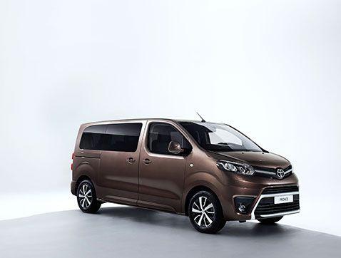 Llegan a España las primeras unidades de Toyota PROACE VERSO