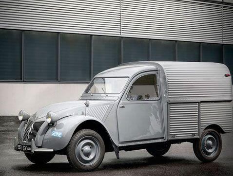 Citroën celebra el 65 aniversario del lanzamiento del 2 CV furgoneta