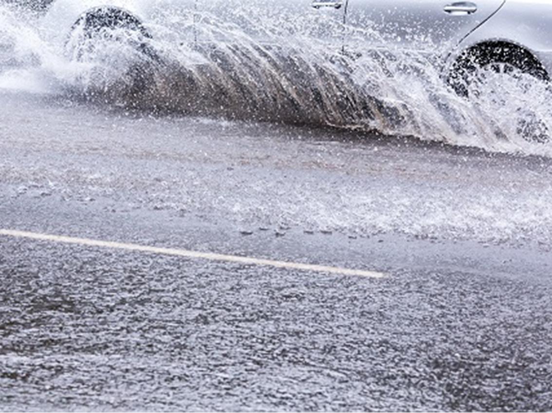 Com combatre l'aquaplaning?