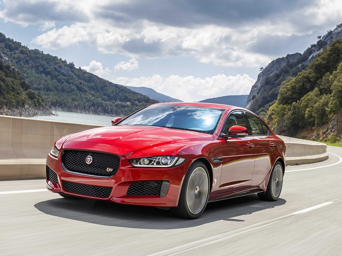 Los modelos Jaguar F-Pace, XF y XE ofrecen más eficiencia, rendimiento y confort en la gama 18MY