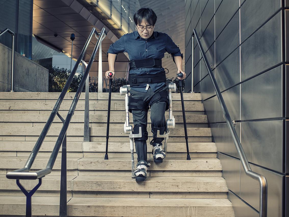 Hyundai Motor muestra Robots wearables en el Salón del Automóvil de Ginebra