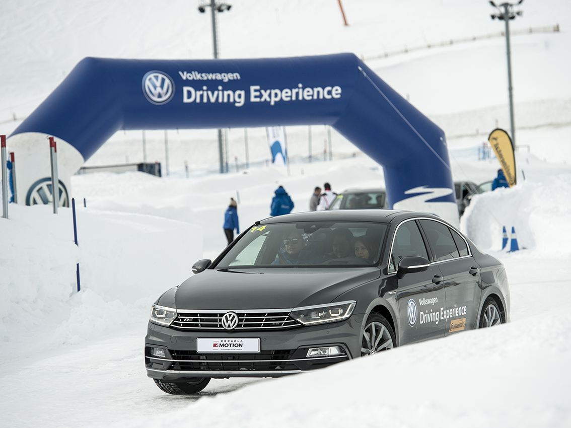Regresa la escuela de conducción de Volkswagen para seguir formando a miles de conductores