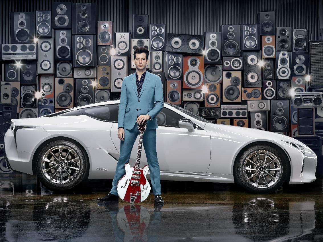 Mark Ronson se asocia con Lexus para el lanzamiento del nuevo LC