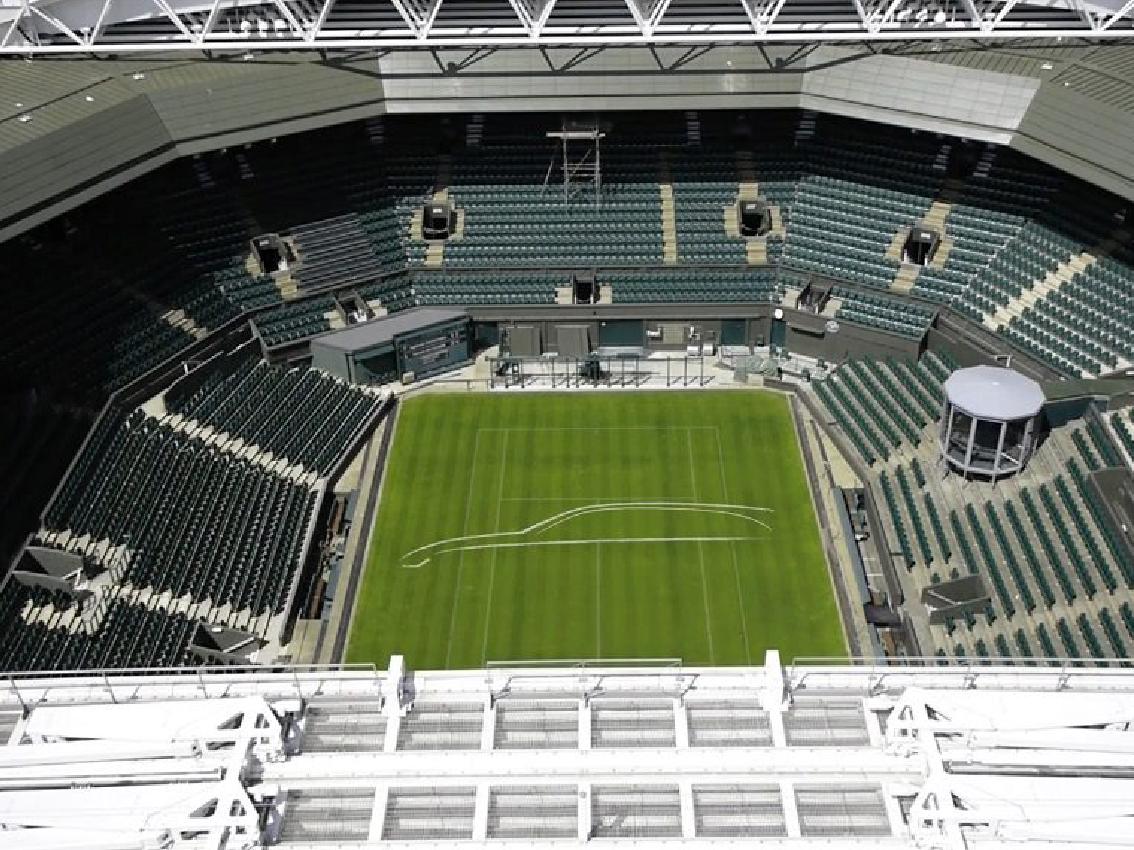 Las pistas de Wimbledon mostrarón las líneas del nuevo XF Sportbrake