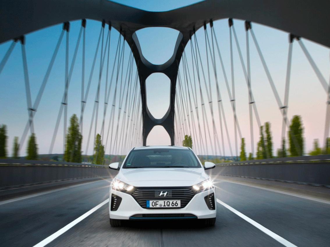 Hyundai Ioniq Plug-In Hybrid: con 63 kilómetros de autonomía