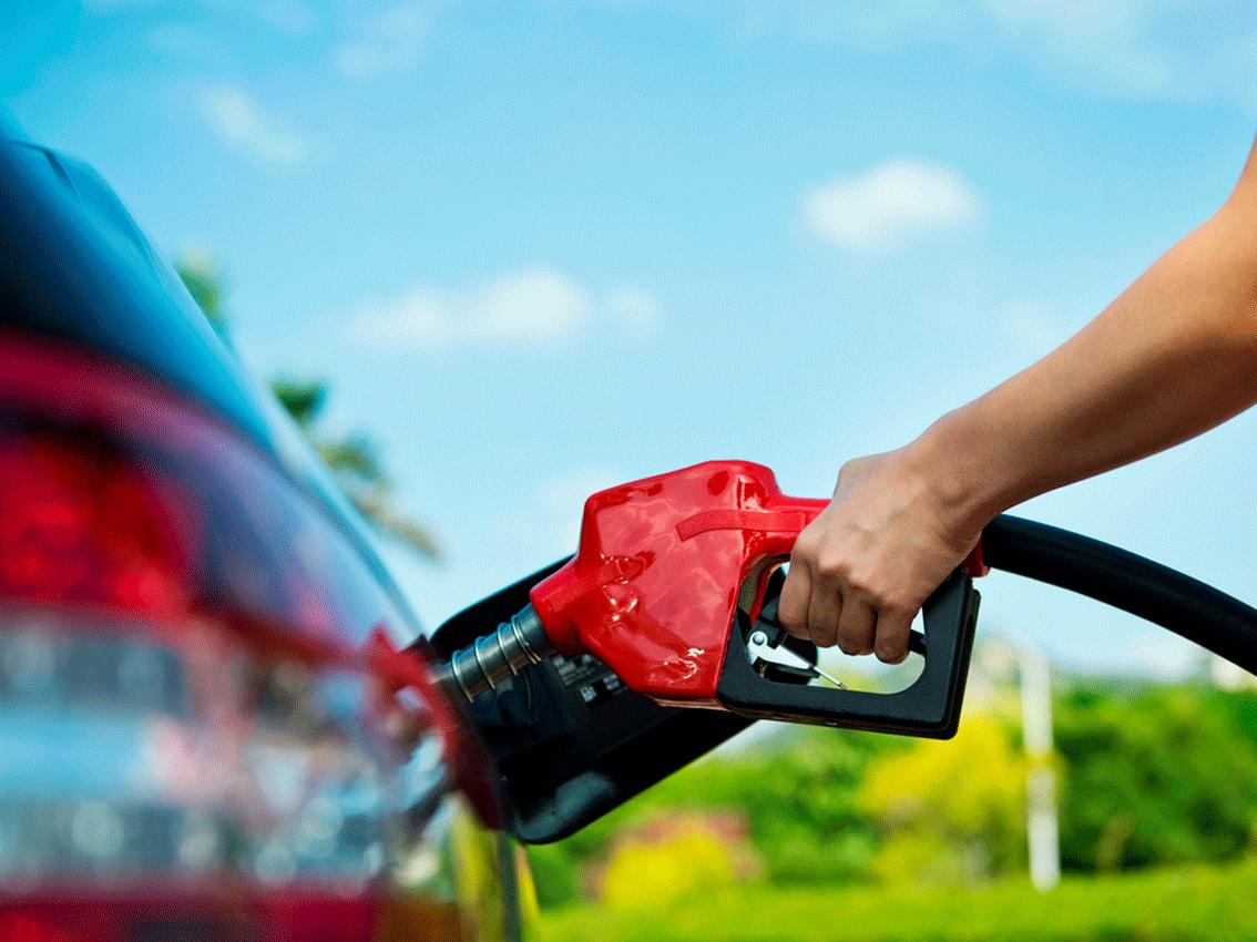Trucs per estalviar combustible i diners amb uns simples gestos