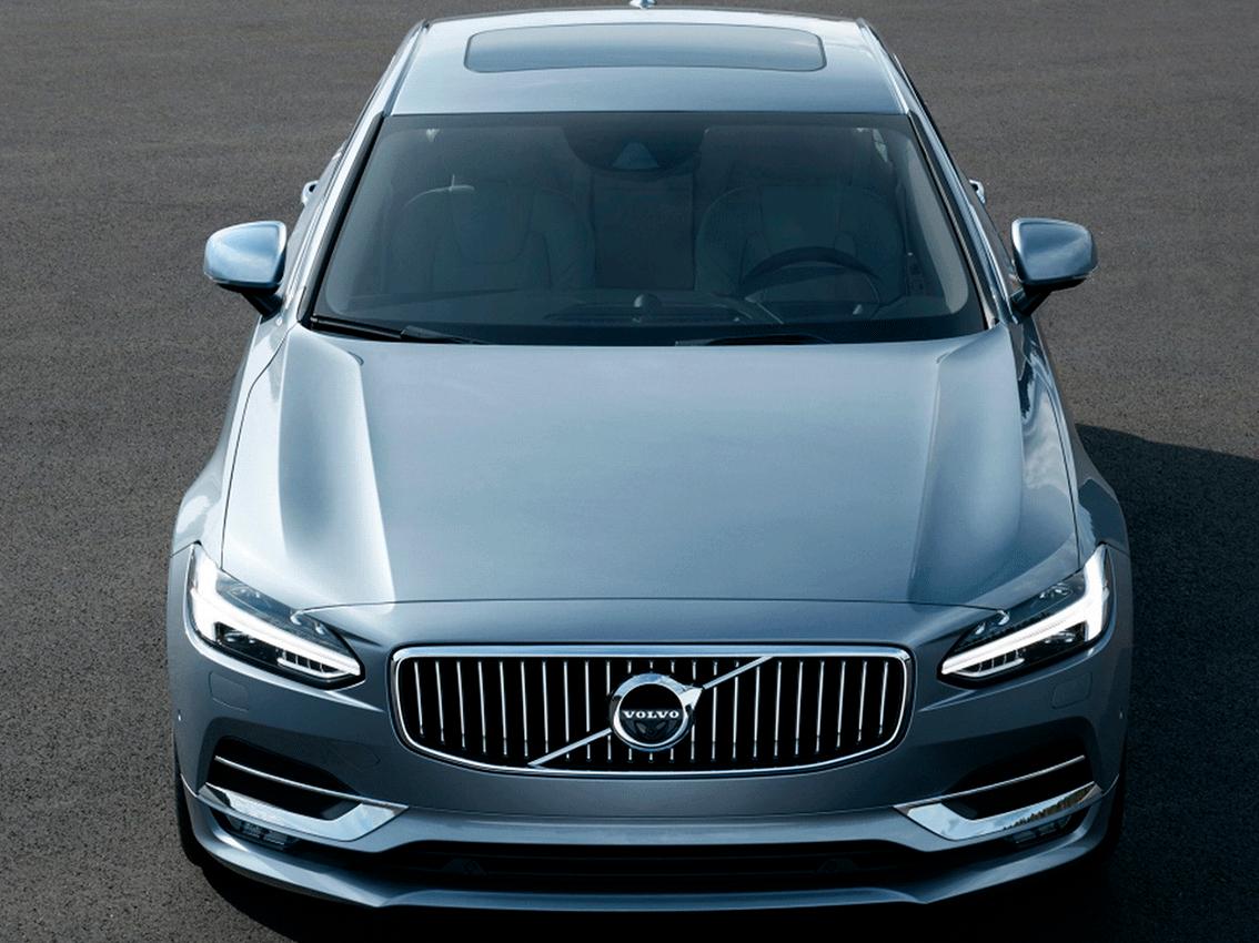 Volvo logra ser el primero en exportar un coche por tren a Europa desde China
