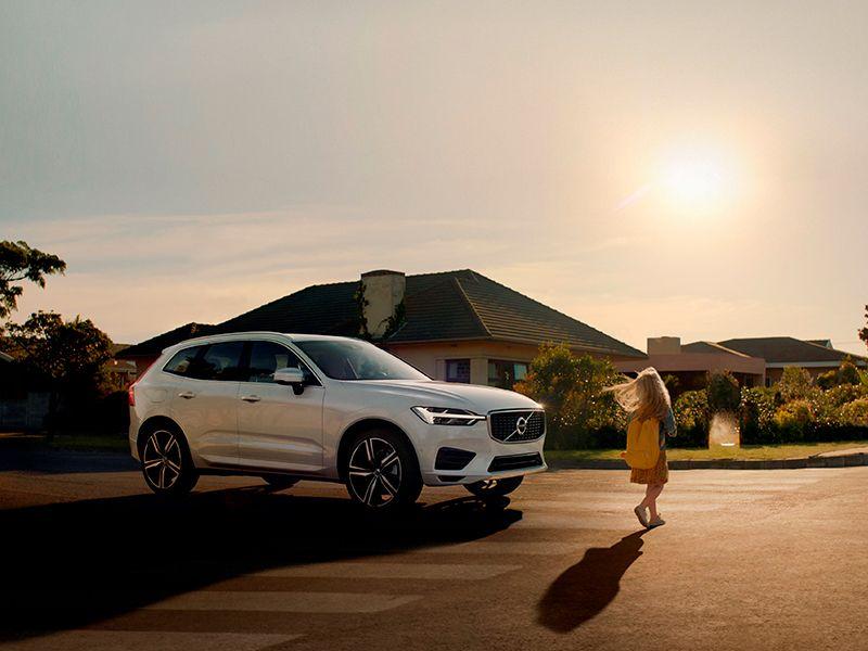 Volvo homenatja el costat humà de la tecnologia de seguretat a la nova pel·lícula del XC60