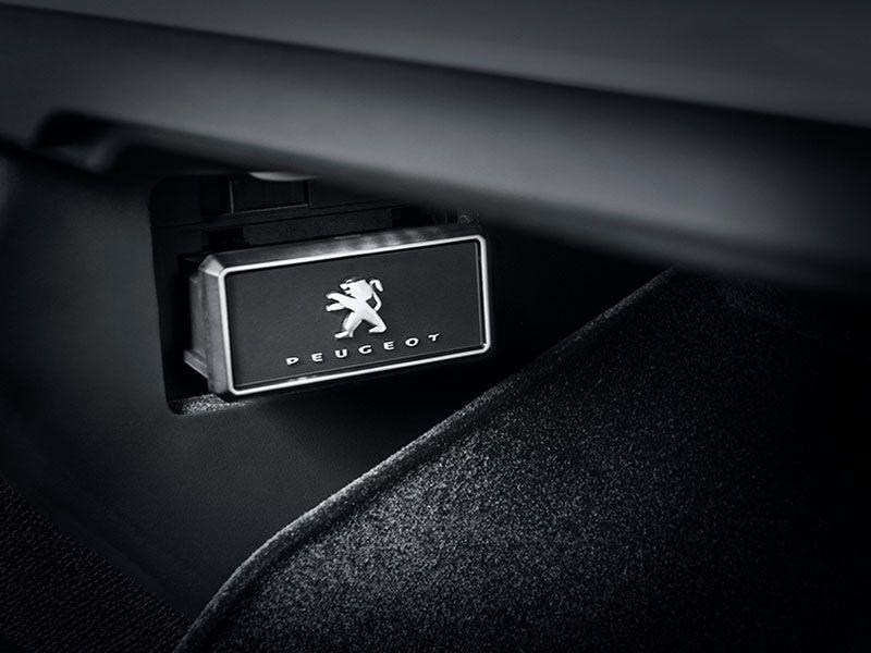 El Peugeot 5008 entra en una nueva dimensión en confort olfativo