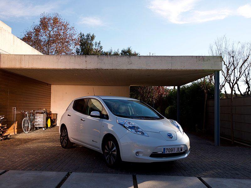 Nissan LEAF lidera el mercado de vehículos eléctricos en el mes de Junio