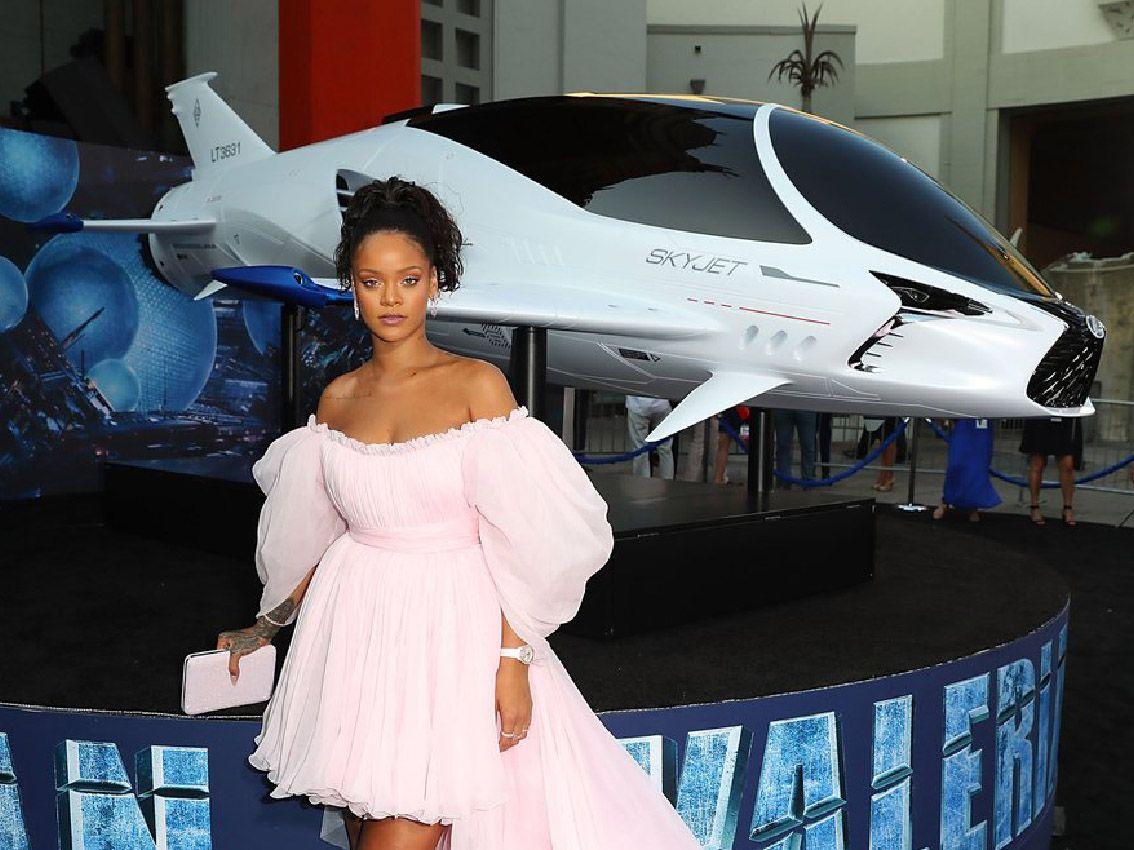 """Lexus y SKYJET aterrizan entre las estrellas en la alfombra roja con el estreno de """"Valerian y la ciudad de los mil planetas"""""""