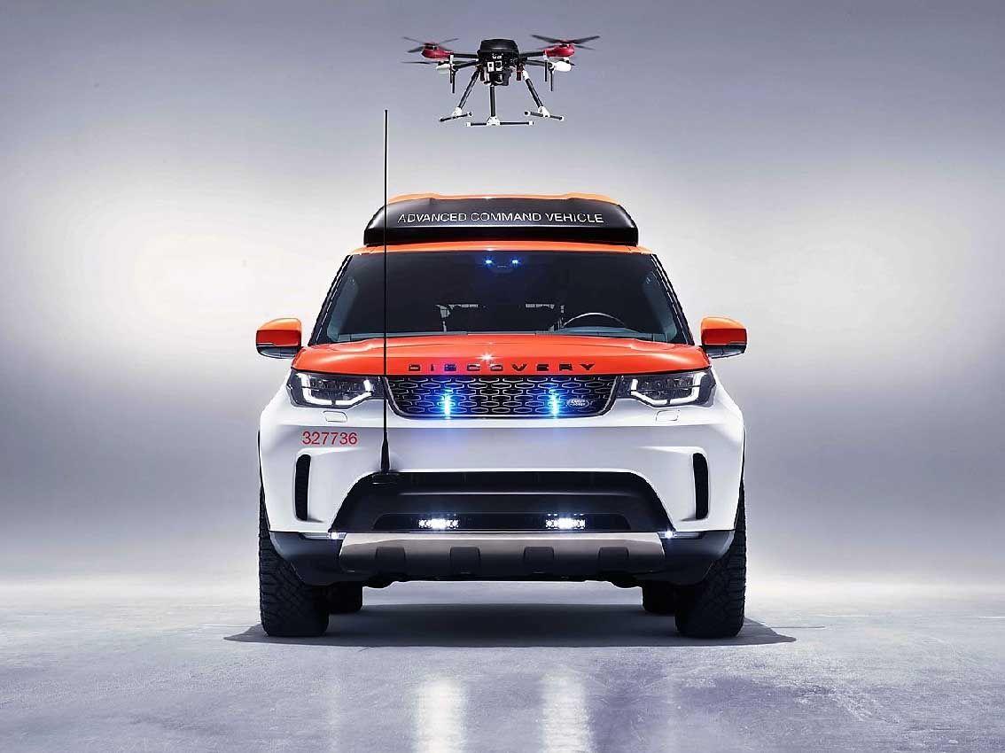 Land Rover y la Cruz Roja con el Nuevo Discovery al rescate