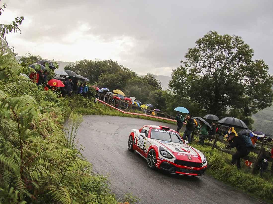 El Abarth 124 Rally vuelve a lucir su potencial en el Rally Princesa de Asturias