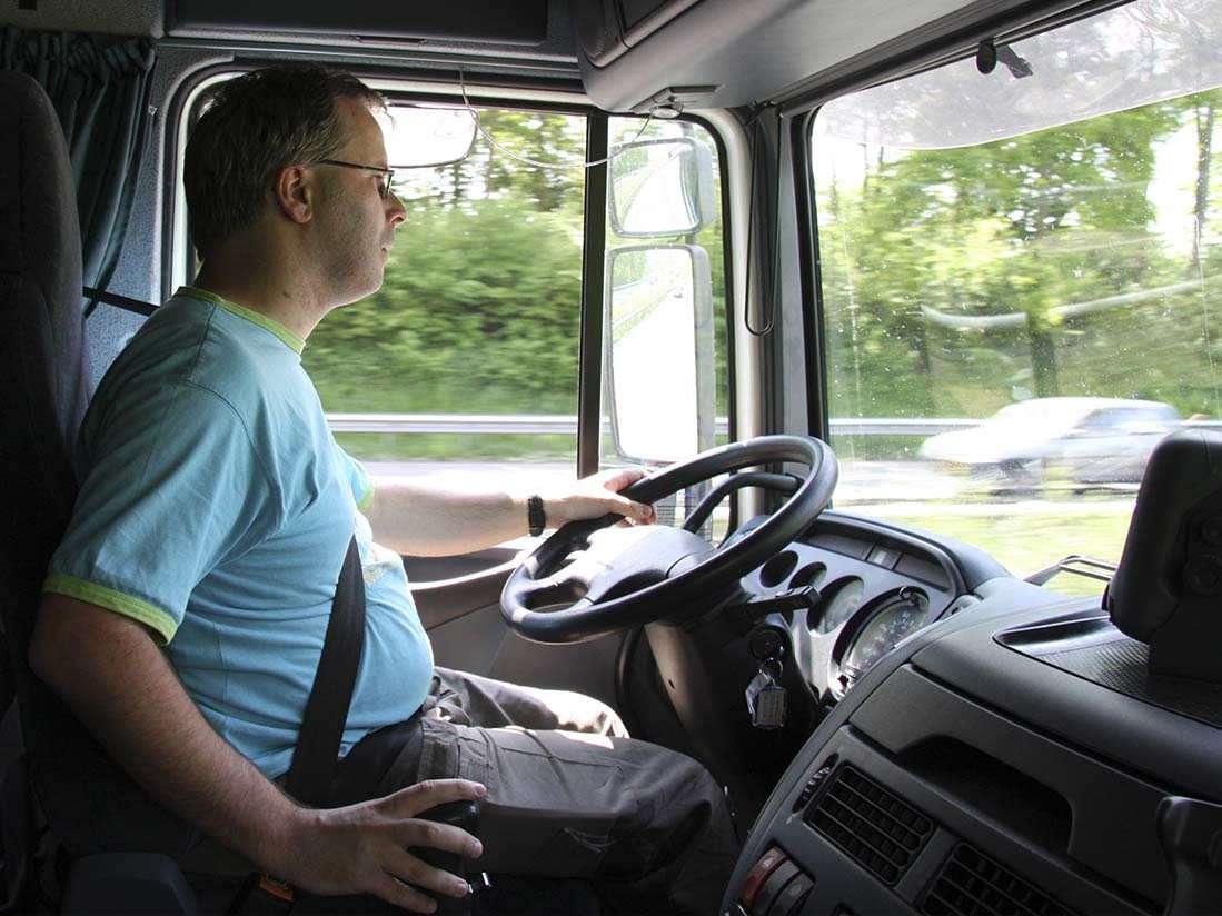 Los dolores de espalda y la hipertensión principales problemas para los transportistas