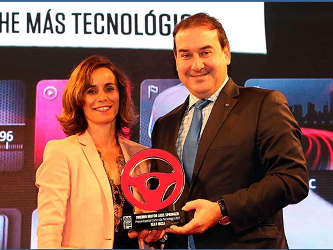 """El SEAT Ibiza rep el premi al """"Cotxe Tecnològic"""""""