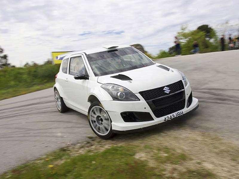 Suzuki invita a los pilotos de coches R5 del campeonato de España de asfalto a participar en un rallye con el Swift R+