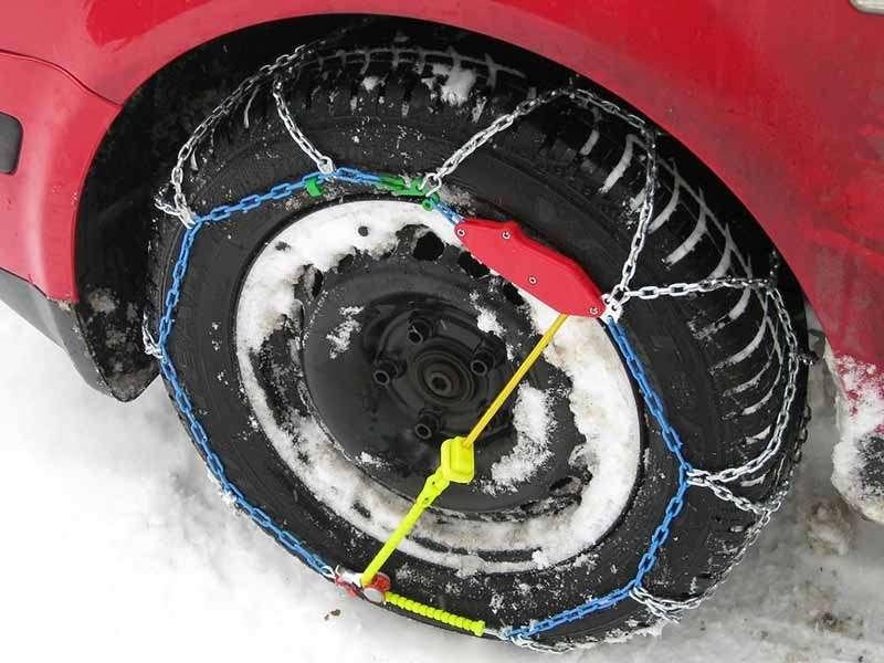 Los errores más habituales a la hora de colocar las cadenas de nieve