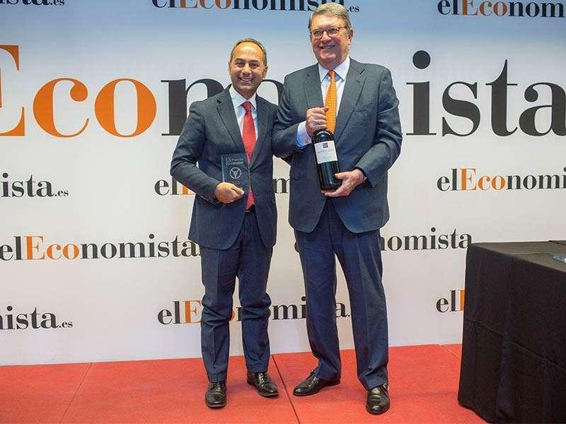El Nissan LEAF recibe el premio como Mejor Coche Eléctrico en los premios Ecomotor 2018 organizados por elEconomista.es