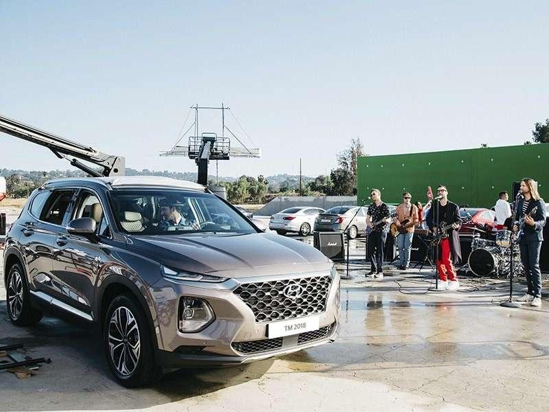 Hyundai se une a Maroon 5 para rendir homenaje a Bob Marley