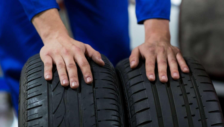 Cómo saber si tus neumáticos están gastados con un sencillo truco