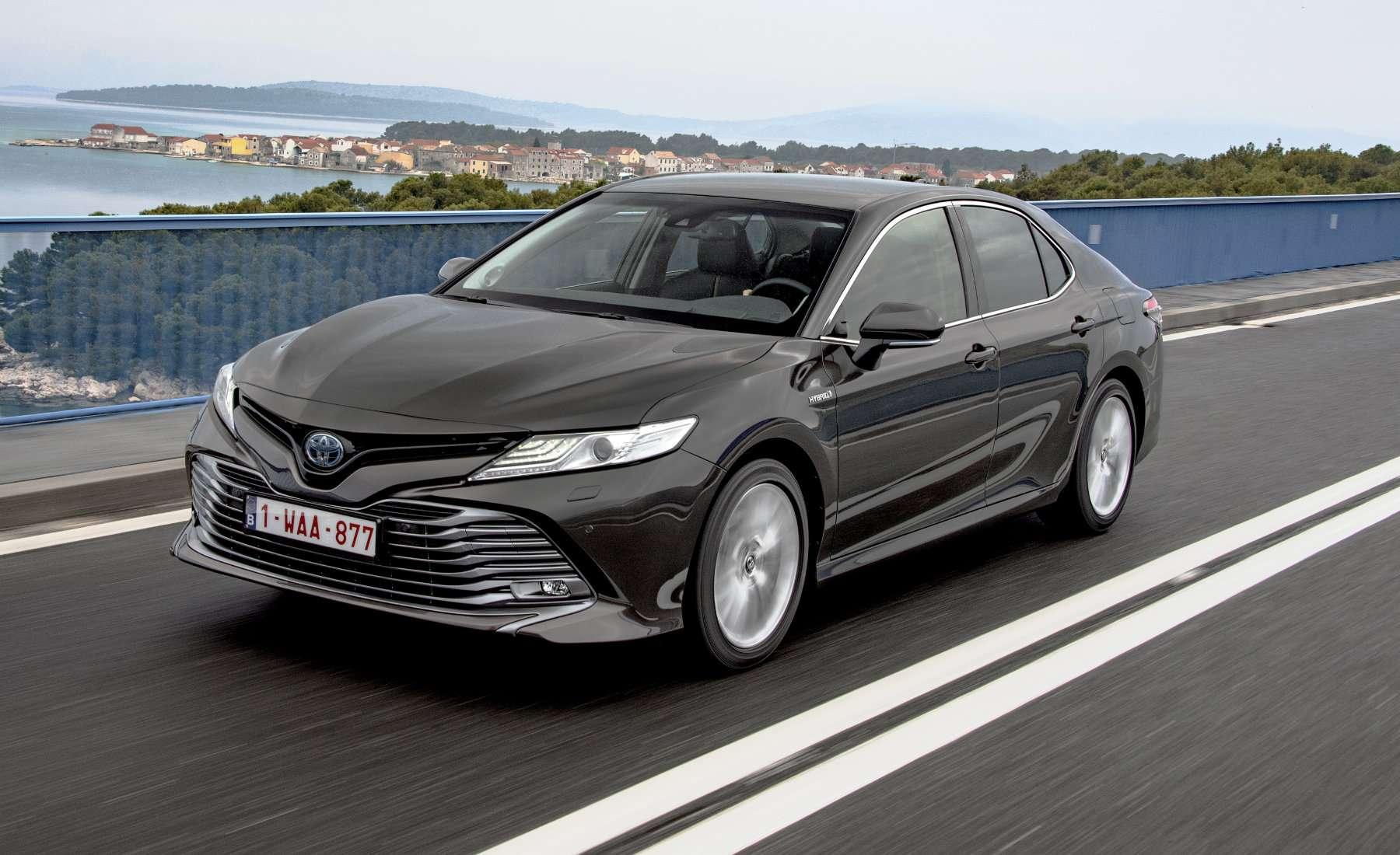 Toyota Camry hybrid, ya en pre-venta en España