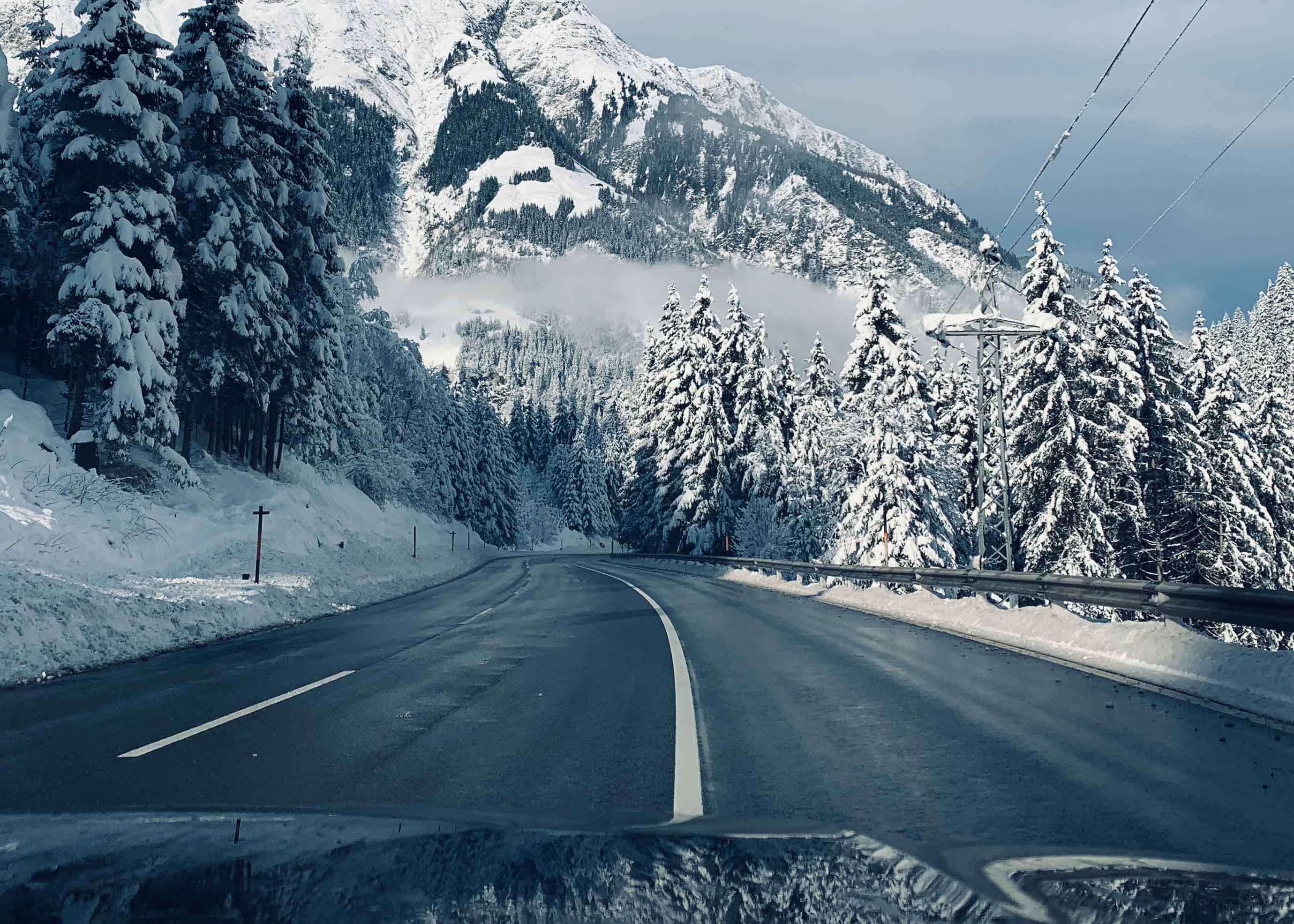 Cómo conducir con hielo en el asfalto