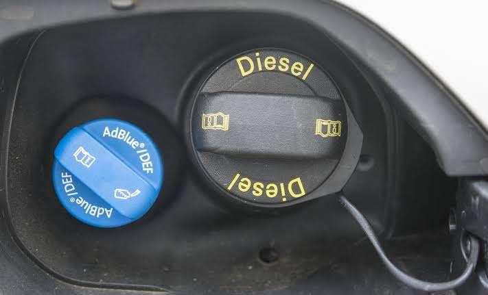 ¿Qué pasa si tu coche diésel se queda sin AlBlue?