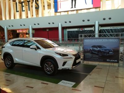 El nuevo NX 300h de Lexus brilla en Nueva Condomina