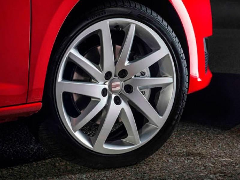 10 % de descuento en neumáticos Pirelli
