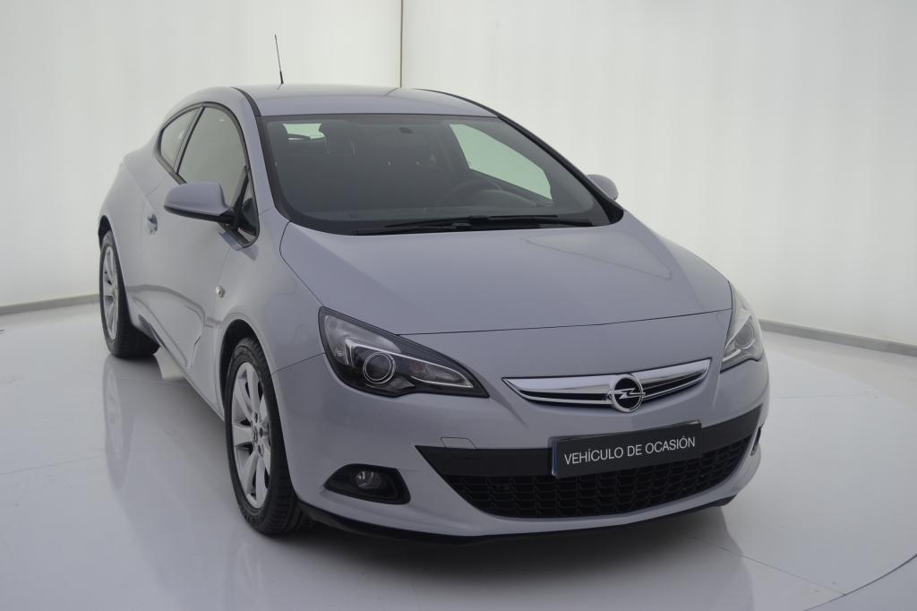 Opel Astra segunda mano Zaragoza