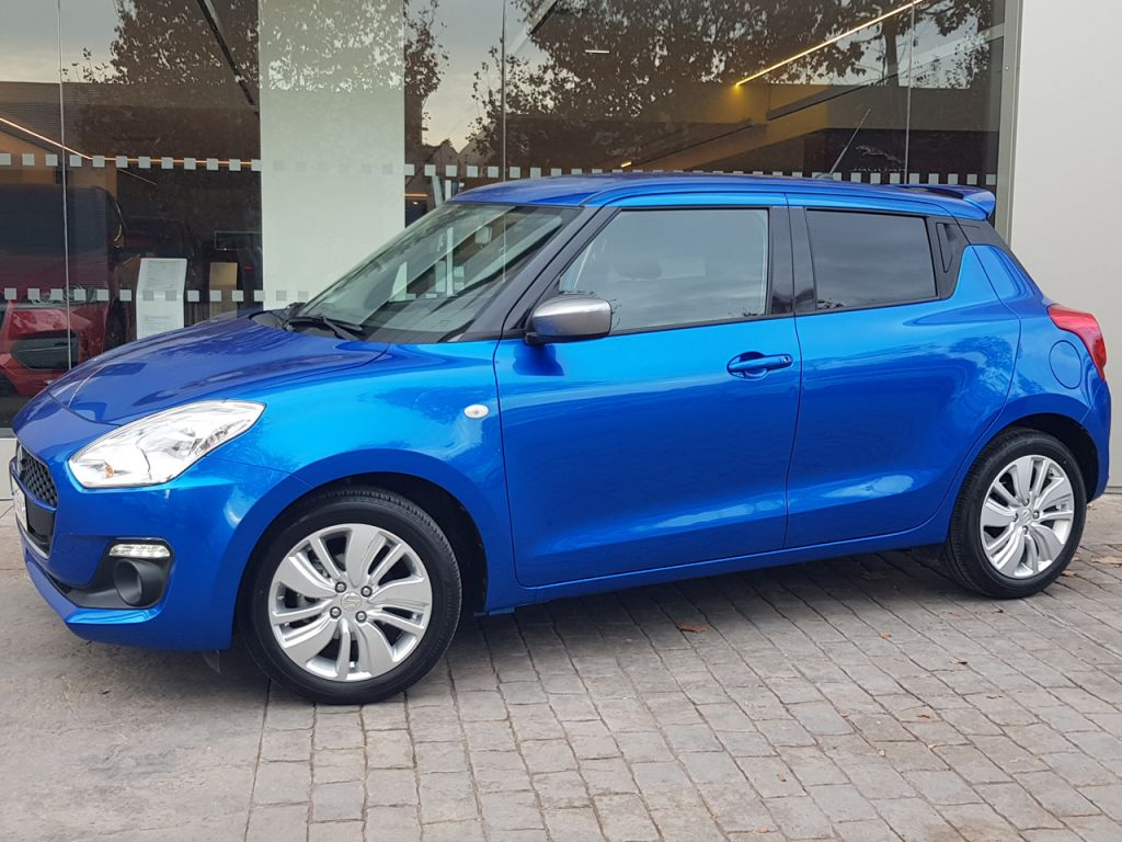 Suzuki Swift 1.0 GLE segunda mano Madrid