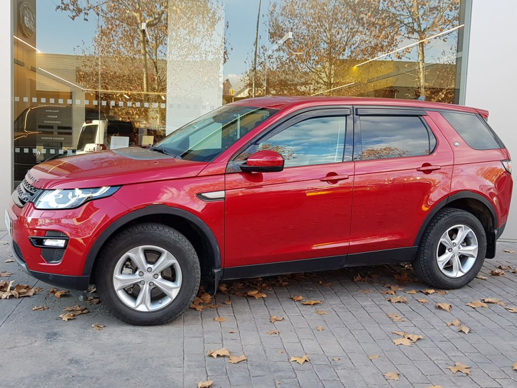 Land Rover Discovery Sport 2.0L TD4 150CV Auto. 4x4 SE segunda mano Madrid
