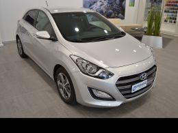 Coches segunda mano - Hyundai i30 1.6 CRDi 110cv BlueDrive Go! en Huesca