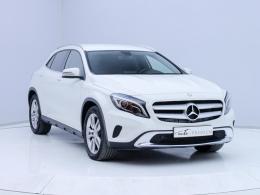 Coches segunda mano - Mercedes Benz Clase GLA GLA 200 CDI Urban en Zaragoza
