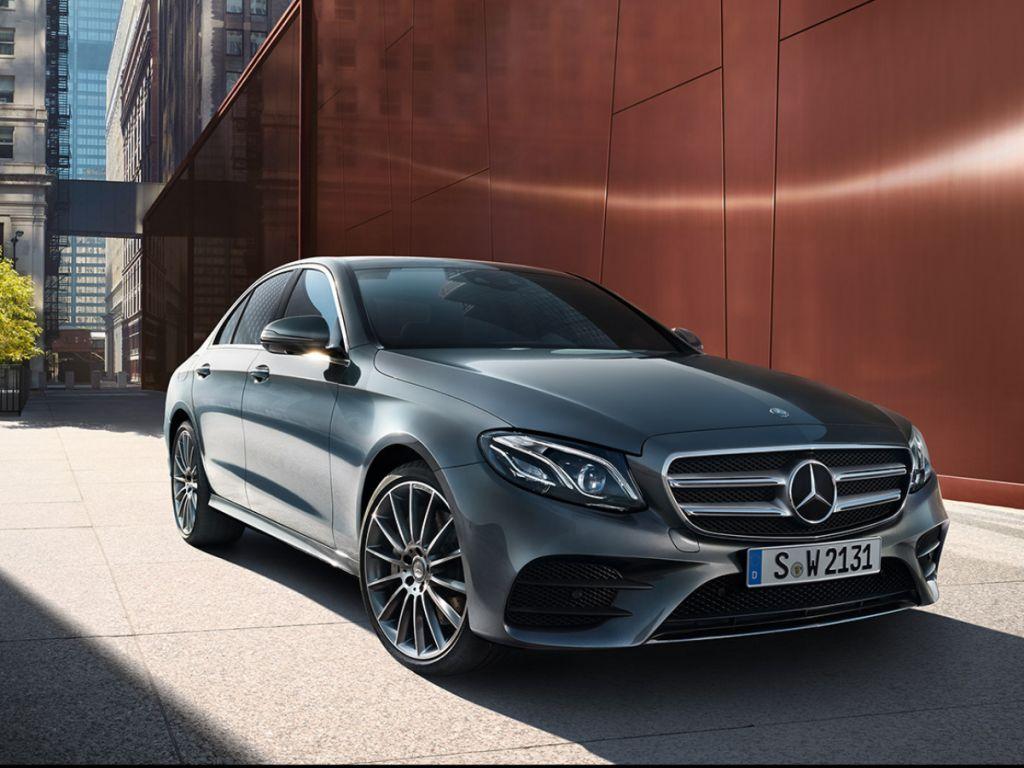 Mercedes-Benz CLASSE E LIMOUSINE