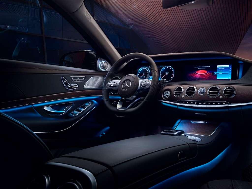 Mercedes-Benz CLASSE S LIMOUSINE VERSÃO LONGA