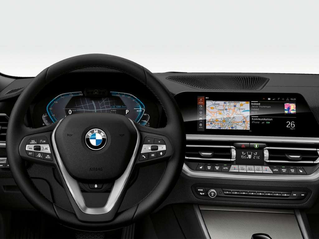 BMW 330e Berlina Híbrido Plug-In