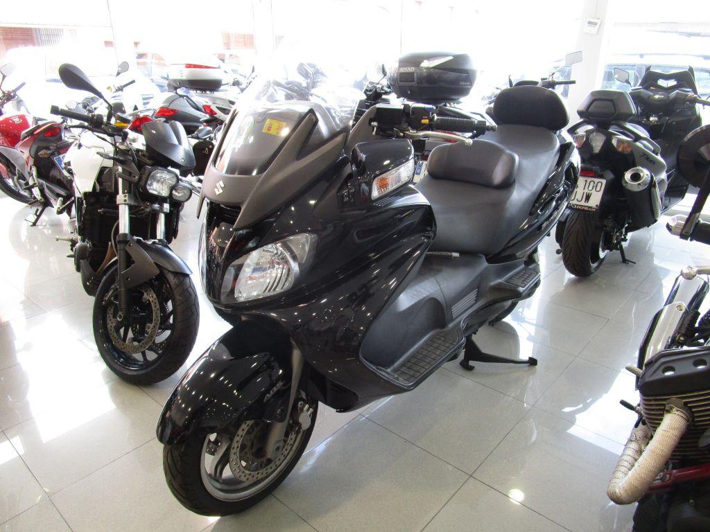 Suzuki Burgman 650 Executive 650 segunda mano Madrid