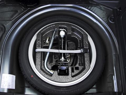 Los fabricantes apuestan por quitar la rueda de repuesto para aligerar el coche