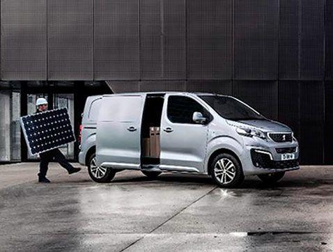 El Nuevo Peugeot Expert inicia su carrera comercial en España